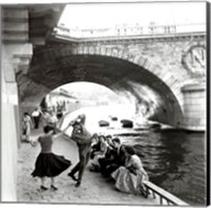 Rock n Roll sur les Quais de Paris Fine-Art Print
