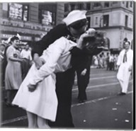 Kissing the War Goodbye, VJ Day, Times Square, August 14, 1945 Fine-Art Print
