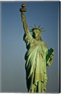 Low angle view of a statue, Statue Of Liberty, Manhattan Fine-Art Print