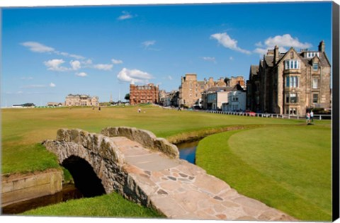 Framed Golfing the Swilcan Bridge on the 18th Hole, St Andrews Golf Course, Scotland Print
