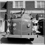 USA, New York, East Meadow, Fire engine Fine-Art Print