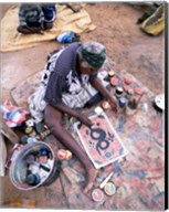 Female artist painting, Alice Springs, Northern Territory, Australia Fine-Art Print