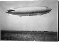 Amundsen Blimp Air Ship I - SAAN Fine-Art Print
